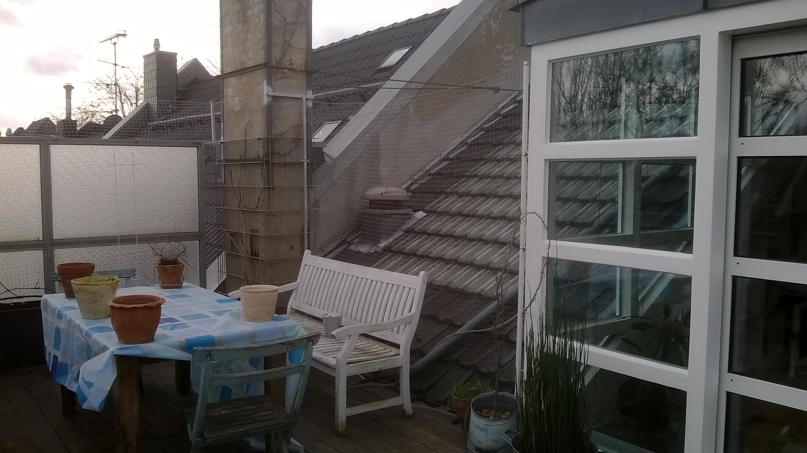 Relativ Dachterrasse mit Katzennetz JC98