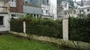 Gartenzaun mit Katzennetz_System katzensicher gestaltet